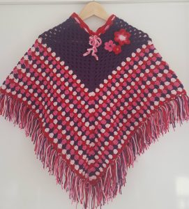 Gehaakte Kinderponcho Knit Kids
